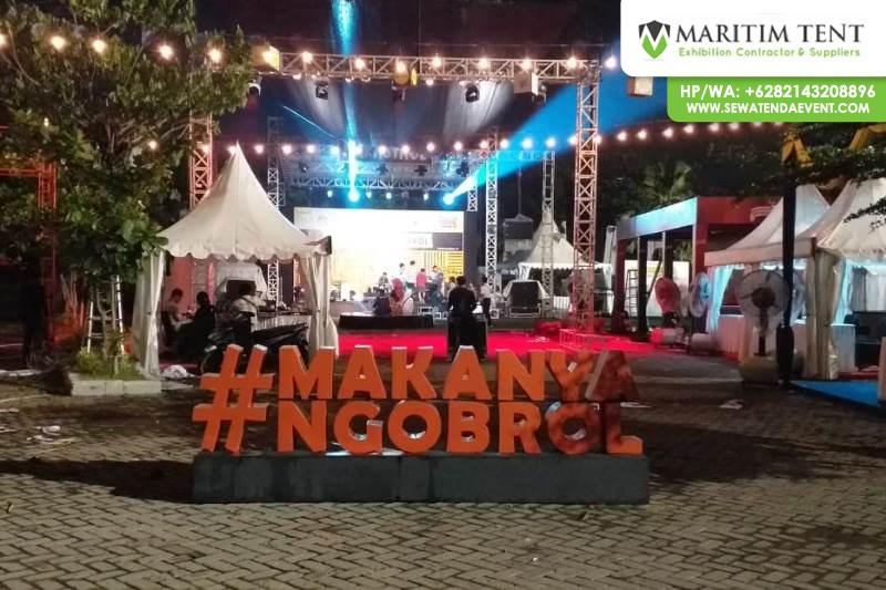 Pemasangan Tenda Sarnafil di Kampus Airlangga Surabaya